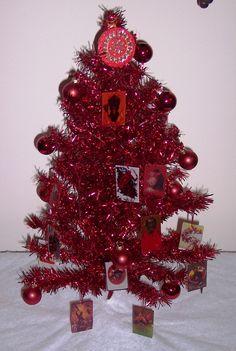 A Krampus tree!  I want one!