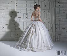 Chrystelle Atallah 2014 koleksiyonu - Gelinlik - http://tr.flip-zone.com/fashion/bridal/the-bride/chrystelle-atallah-4747