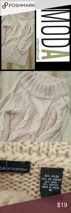 MODA INTERNATIONAL BEIGE SWEATER PRE-LOVED sweater big neck and oversized room to wear something underneath in great shape longer below waist easy pairing with leggings or jeans Moda International Sweaters
