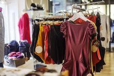 Seele Tyyliä ja kestäviä valintoja! Seele vastaa tämän päivän tiedostavan kuluttajan tarpeisiin tarjoamalla monipuolisen, laadukkaan ja tyylikkään valikoiman naisten vaatteita ja asusteita. #muoti #tyyli #tampere #rakastampere #seele Wardrobe Rack, Decor, Decoration, Decorating, Deco