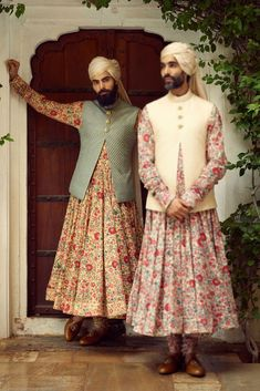 Always wanted to know what does Sabyasachi Menswear Sherwani Cost? I am sharing here some of the best wedding sherwanis along with prewedding outfits. Mens Sherwani, Wedding Sherwani, Sherwani Groom, Punjabi Wedding, Indian Men Fashion, Latest Mens Fashion, Sabyasachi Collection, Mens Ethnic Wear, Men Wearing Skirts