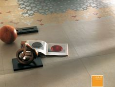 LIVING Base maiolica rug