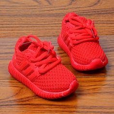 20%子供カジュアルファッション子供男の子女の子shoesスポーツランニングネットshoesレッド&ブラック赤ちゃんshoes 21-30用1-6year