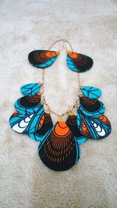 Hamsa Necklace / Diamond Hamsa Necklace with Brilliant Cut Round Diamonds in Micro Pave Setting / Good Luck Necklace - Fine Jewelry Ideas Diy African Jewelry, African Accessories, African Necklace, Modern Jewelry, Boho Jewelry, Bridal Jewelry, Jewelery, Choker Jewelry, Cross Jewelry