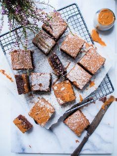Vegan chocolate, hazelnut and coffee squares // Vegaaniset mokkapalat – Viimeistä Murua Myöten