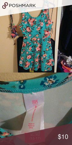 Floral Dress 95% Polyester 5% Spandex No Boundaries Dresses Midi