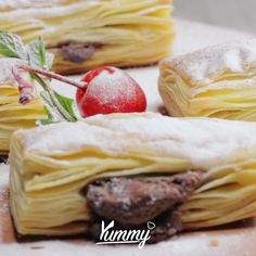 Easy Puff Pastry Recipe, Puff Pastry Desserts, Savory Pastry, Snack Recipes, Dessert Recipes, Cooking Recipes, Resep Pastry, Resep Cake, Most Delicious Recipe