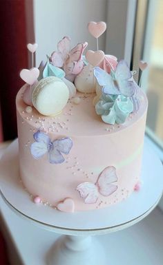 Butterfly Birthday Cakes, Baby Birthday Cakes, Beautiful Birthday Cakes, Butterfly Cakes, Birthday Cakes For Girls, Birthday Cake Ideas For Adults Women, Birthday Cake For Women Simple, Birthday Ideas, Cakes With Butterflies