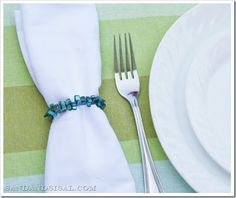 blue coral napkin rings (800x661)