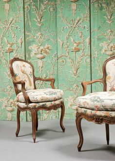 Fauteuils (paire) Cabriolet en Hêtre, époque Louis XV