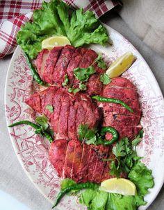 Version express du poulet tandoori , enfin en termes de cuisson car prévoir tout de même un long temps de repos pour la marinade.          ...