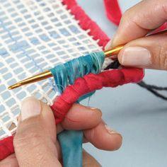 Locker Hook Indigo Dial Trivet - Free Pattern