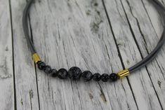 Ketten kurz - Kette Schneeflockenobsidian schwarz gold Leder - ein Designerstück von buntezeiten bei DaWanda