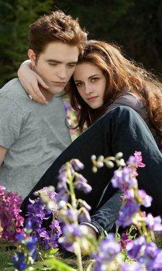 Twilight: Eclipse - Edward Cullen & Bella Swan (Robert Pattinson and Kristen Stewart)