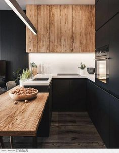 The 50 BEST BLACK KITCHENS - kitchen trends you need to see. It is no secret, in the design world, that dark kitchens are all the rage right now! Black kitchens have been popping up left and right and we are all for it, well I am anyways! Stylish Kitchen, Modern Kitchen Design, Interior Design Kitchen, New Kitchen, Kitchen Decor, Kitchen Wood, Kitchen Ideas, Kitchen Cabinets, Kitchen Small