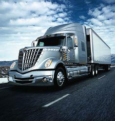 International LoneStar; El camión futurista