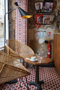 Paris weekend, with hotel recommendation, where to grab a coffee, shop and what to wear. Coffee Shop, Coffee In Paris, Cabin Coffee, Cafe Bar, Cafe Interior, Interior Design, Interior Ideas, Deco Cafe, Octagon Table