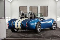 This Company Created the World's First Shelby Cobra Shelby Cobra Replica, Oak Ridge National Laboratory, Ac Cobra, Kit Cars, Expensive Cars, Car Ins, 3d Printing, Classic Cars, Cool Designs
