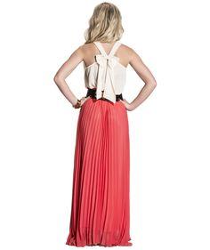 Love this look... #Nikkie https://www.nikkie.nl/product/empire-maxi-skirt-pink/rokken