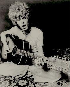 David Bowie - Space Oddity. (130) Twitter