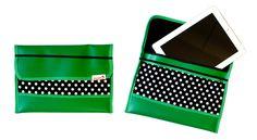 iPad Tasche in Grün. Gibt's bald zu gewinnen <3 Bags, Products, Fashion, Unique Bags, Brooches, Schmuck, Handbags, Moda, Fashion Styles
