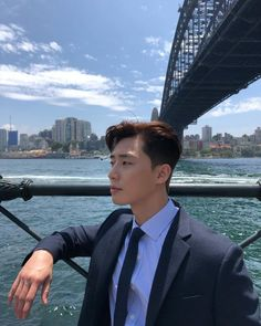 Sleek and manly Handsome Korean Actors, Handsome Faces, Witch's Romance, Kill Me Heal Me, Joon Park, Park Seo Joon Abs, Oppa Gangnam Style, K Wallpaper, Yoo Ah In