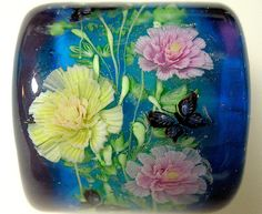 When I'm rich I will take a class on how to make these!  Pink & Yellow Paeony Flower with Butterfly Satake Glass Lampwork Square Bead sra. ¥5,800, via Etsy.