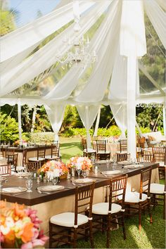 romantic reception space decor by Moana Events @weddingchicks