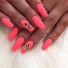 Would love to try this with neon coral and white. Add negative space stripes on the middle finger
