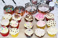 Look at all the pretty/tasty little cupcakes! Icing, Cupcakes, Tasty, Kawaii, Pretty, Desserts, Fun, Tailgate Desserts, Cupcake Cakes