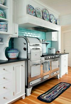 Love the vintage cookstove