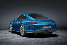 Porsche 911 GT3 Touring-Paket (2017): Preis Spoiler Motor Das ist der bessere 911 R! : Porsche 911 GT3 Touring-Paket (2017): Preis Spoiler Motor 11.09.2017 Das ist der bessere 911 R! 500 PS Handschaltung eine spoilerlose Silhouette Porsche macht das GT3-Facelift auf Wunsch zum 911 R-Nachfolger. AUTO BILD hat alle Infos! Vorstellung : GT3 mit eleganter Silhouette Interieur: Leder statt Alcantara Connectivity: Alles wie beim normalen GT3 Motor und Preis: 500 PS und Handschaltung kein PDK…