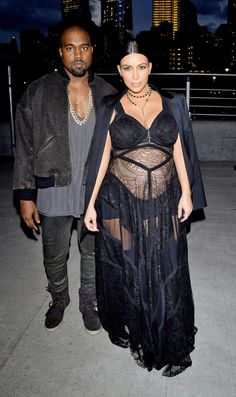 Kim Kardashian et Kanye WestKanye West, Kim Kardashian Givenchy fashion show Arrivals during Spring 2016 New York Fashion Week at Pier 26 at Hudson River Park on September 11, 2015 in New York City 9/11/15  
