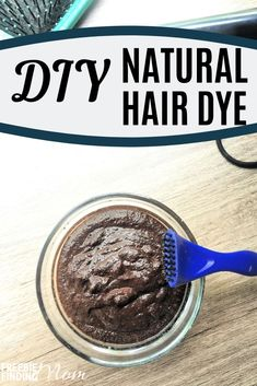 Tired of dyeing your hair with potentially toxic chemicals? Get the hair color you want naturally with these homemade hair dye recipes! Hair Dye Brush, Diy Hair Dye, Dyed Hair, Homemade Beauty Recipes, Homemade Beauty Products, Dyed Natural Hair, Natural Hair Styles, Natural Beauty, Homemade Hair Color