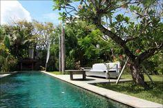 Villa Bona | 5 bedrooms | baliultimatevillas.net#bali #seminyak #villa #tropicalgarden