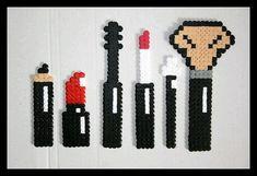 Make-up set hama beads by Lesperlesdecha Perler Bead Designs, Easy Perler Bead Patterns, Perler Bead Templates, Hama Beads Design, Diy Perler Beads, Perler Bead Art, Art Perle, Motifs Perler, Peler Beads