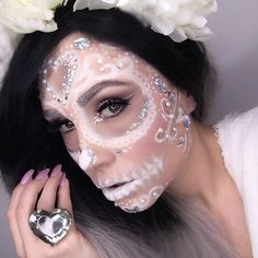 White sugar skull Products used Face: @arbonnecanada primer, perfecting liquid foundation, & setting pretty translucent powder (available @ haileyrayann.arbonne.com) @maccosmetics select cover up concealer @rimmellondoncan kate moss sculpting palette @makeupforeverofficial flash color case @duoadhesive lash glue for gems Brows & Eyes: @anastasiabeverlyhills brow powder duo & self-made palette @nyxcosmetics_canada retractable liner (bottom) @katvondbeauty ink loner (top) @smashboxcanada ...