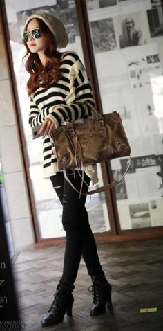 Do Hwe Ji, I love her style~. I'm not usually a stripe fan, but this outfit is super cute.