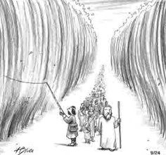 14 hilarious pictures about Moses parting the Red Sea