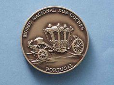 museu dos coches - Pesquisa Google - Esta moeda de fino acabamento mostra a imagem de um dos vários coches reais, do século XVIII, pertencentes ao Museu Nacional dos Coches, de Lisboa.