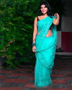 Beautiful Women Over 40, Beautiful Girl Indian, Beautiful Girl Image, Beautiful Saree, Beautiful Indian Actress, Beautiful Roses, Indian Actress Images, Indian Girls Images, Half Saree Designs