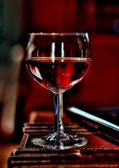 In vino veritas! Shades Of Burgundy, Burgundy Wine, Red Wine, Wine Art, Wine O Clock, In Vino Veritas, Wine Time, Wine Cellar, Wine Country