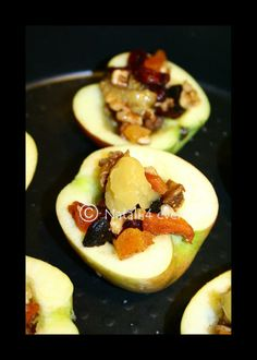 Baked and stuffed apples with icecream