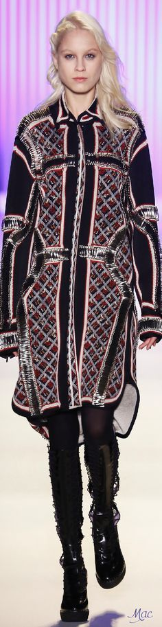 Fall 2016 Ready-to-Wear Hervé Léger by Max Azria