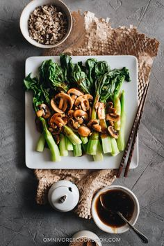 An Easy Chinese Broccoli Recipe | Omnivore's Cookbook Chinese Broccoli Recipe, Vegetarian Chinese Recipes, Broccoli Recipes, Asian Recipes, Chinese Vegetables, Mixed Vegetables, Veggies, Thanksgiving Side Dishes, Chinese Food