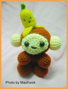 FREE Amigurumi Crochet Pattern: Kawaii Monkey and Banana