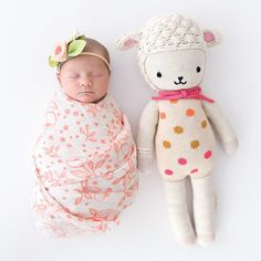 Lucy the lamb - Cuddle + Kind