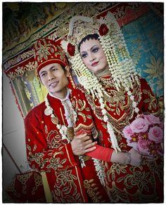 Jasmine in muslim wedding, Rias pengantin adat Banjar (Kalimantan) #indonesia #wedding #traditional