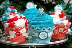 Diy Christmas Gifts, Holiday Crafts, Christmas Time, Christmas Crafts To Sell Bazaars, Christmas Crafts To Sell Handmade Gifts, Christmas Fair Ideas, Christmas Gifts For Coworkers, Christmas Treats, Craft Gifts