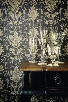 Style Avenue, is a combination of the ancient form of Asian atmosphere wallpaper series. This series includes shades of warm gray, gold and silver decorated with beige, floral prints and stripes pattern, beautiful solid color combined with a variety of attractive designs.
